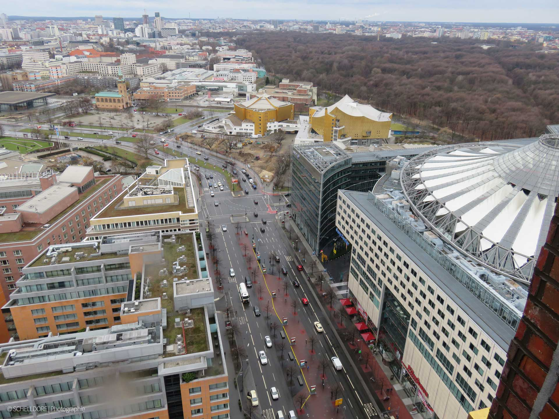 Potsdamer-Platz_Blick-auf-3